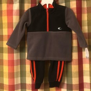NWT 18 month Carter's athletic outfit